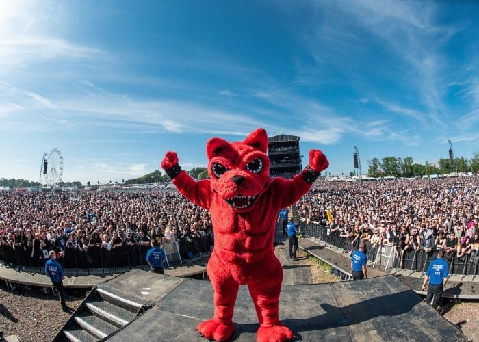 Download Festival Dog
